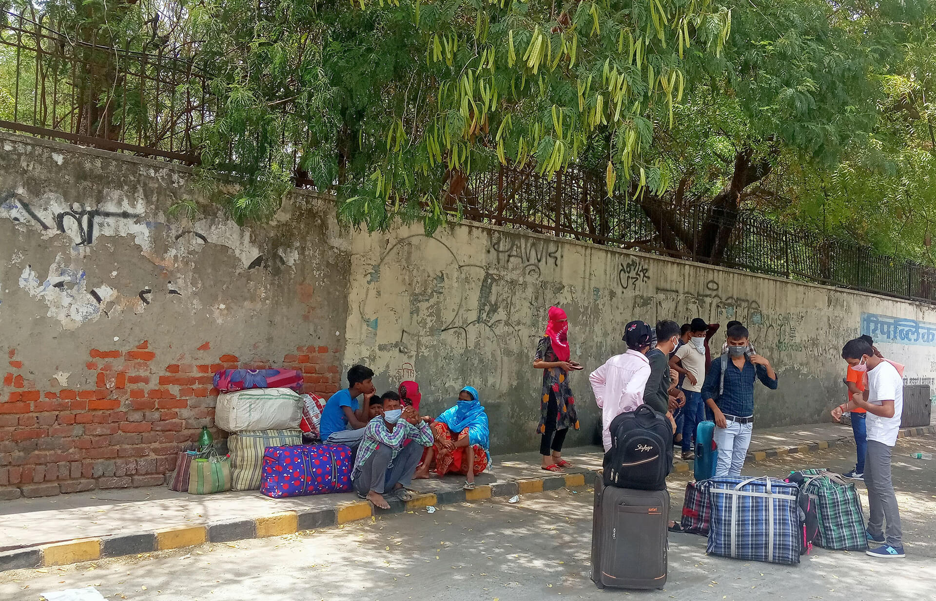 Stranded workers during the fourth phase of the Indian lockdown| Ranjit Sabikhi on unskilled Indian migrant labourer | STIRworld