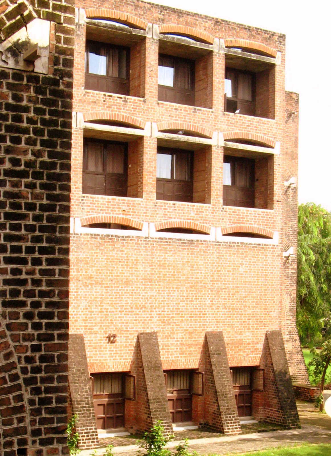 The dormitories at the IIM-A are a part of the whole community which try to create a city within a city | IIM Ahmedabad Demolition | Prof Jaimini Mehta | STIRworld
