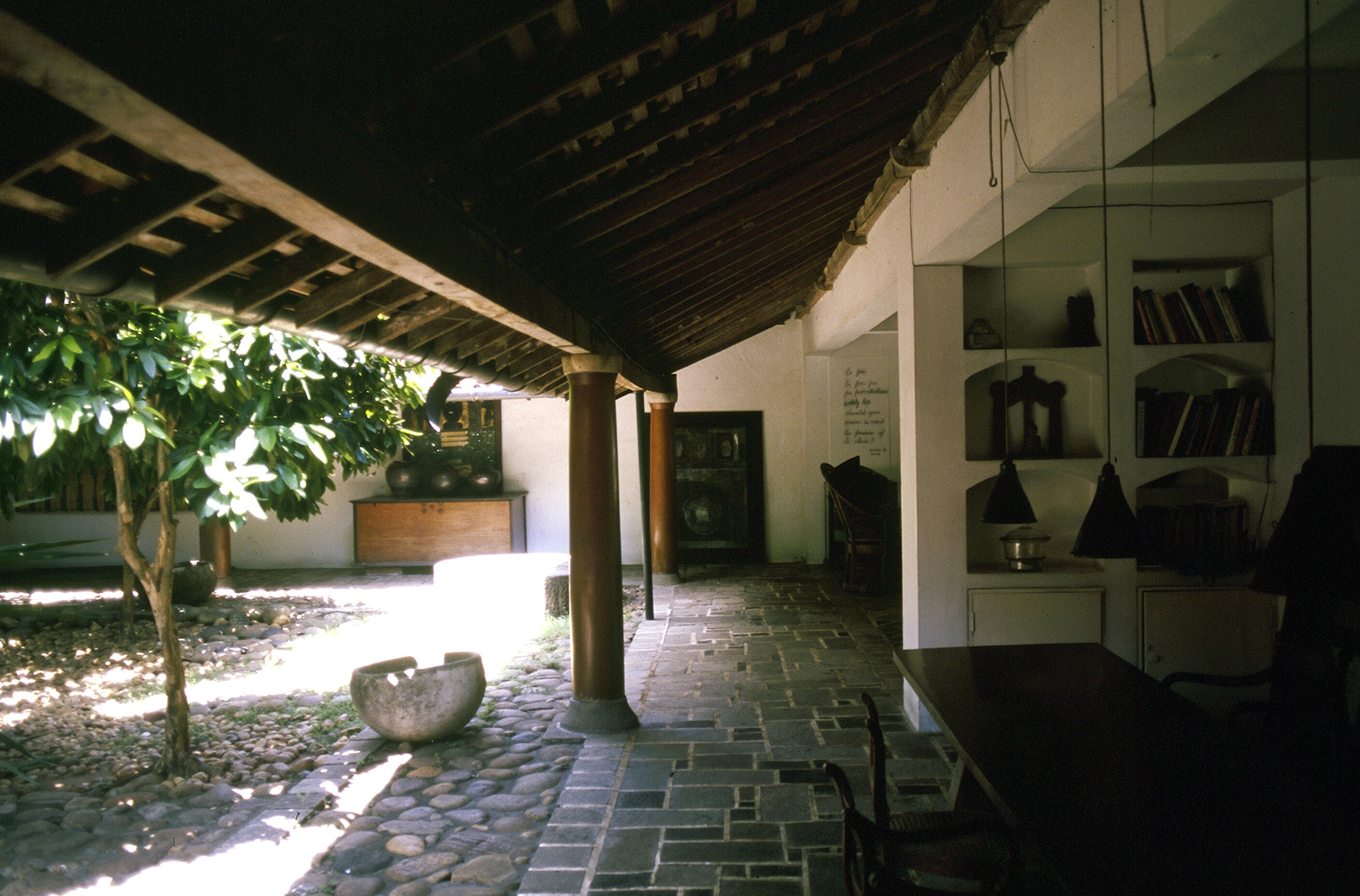 Veranda of the Ena de Silva house | Geoffrey Bawa | David Robson | STIR