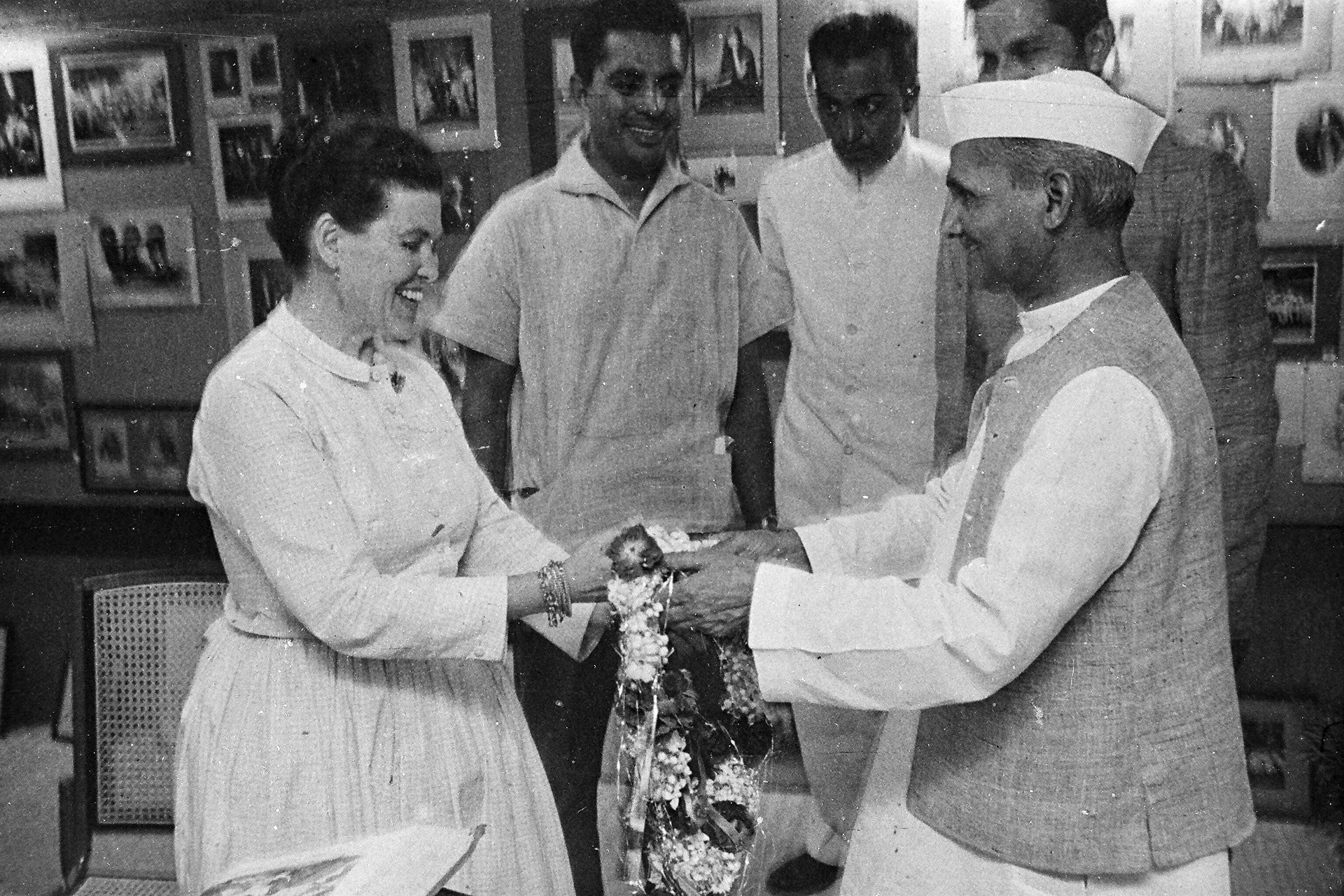 Ray Eames with Lal Bahadur Shastri, c. 1964    | Design Education | Frame Conclave | Ashoke Chatterjee | STIR