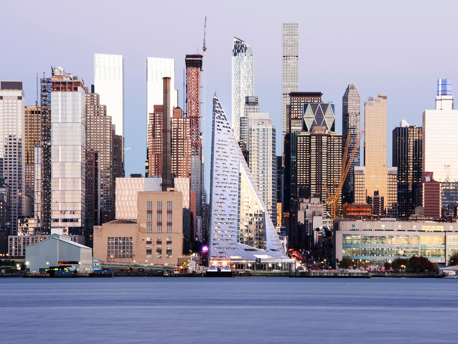 View of Midtown West from New Jersey across the Hudson River | New York | Vladimir Belogolovsky | STIRworld
